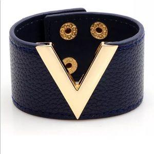 •Deep V• Leather Bracelet (Navy Edition)